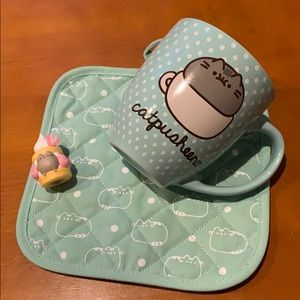 "Pusheen large coffee cup, matching hot pad, 2"" fig"